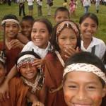 Gate-Kinder-Peru
